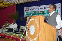 Dr. R.R. Hanchinal delivering lecture